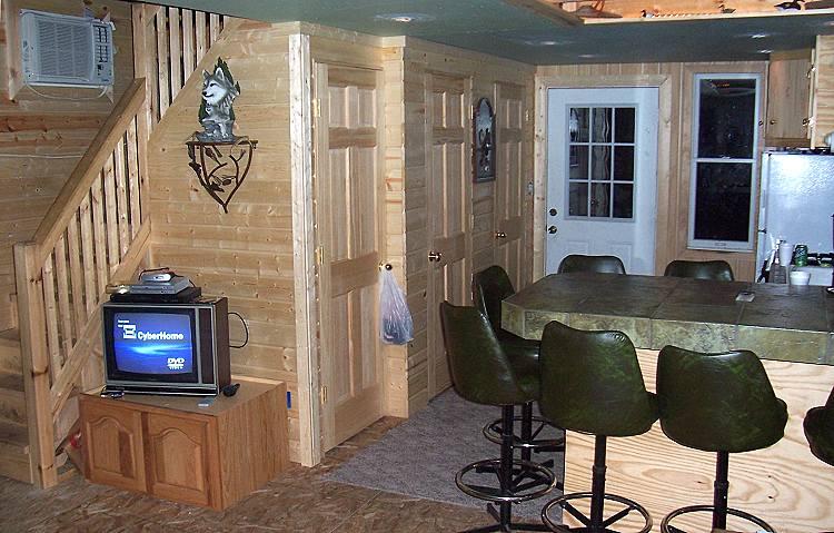 Interior Of 16u0027 Wide Owner Built Cabin